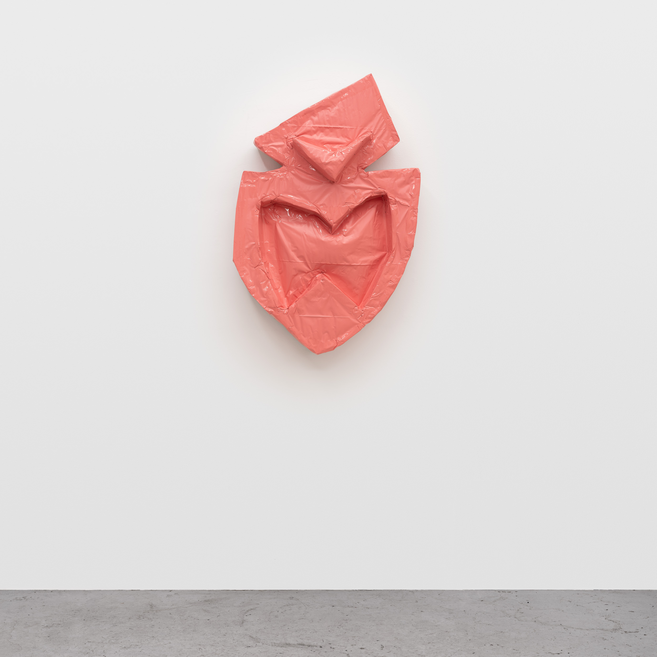 2. Daniel Boccato - Mackface - 2019. epoxy, fiberglass, polyurethane. 55×87×21cm