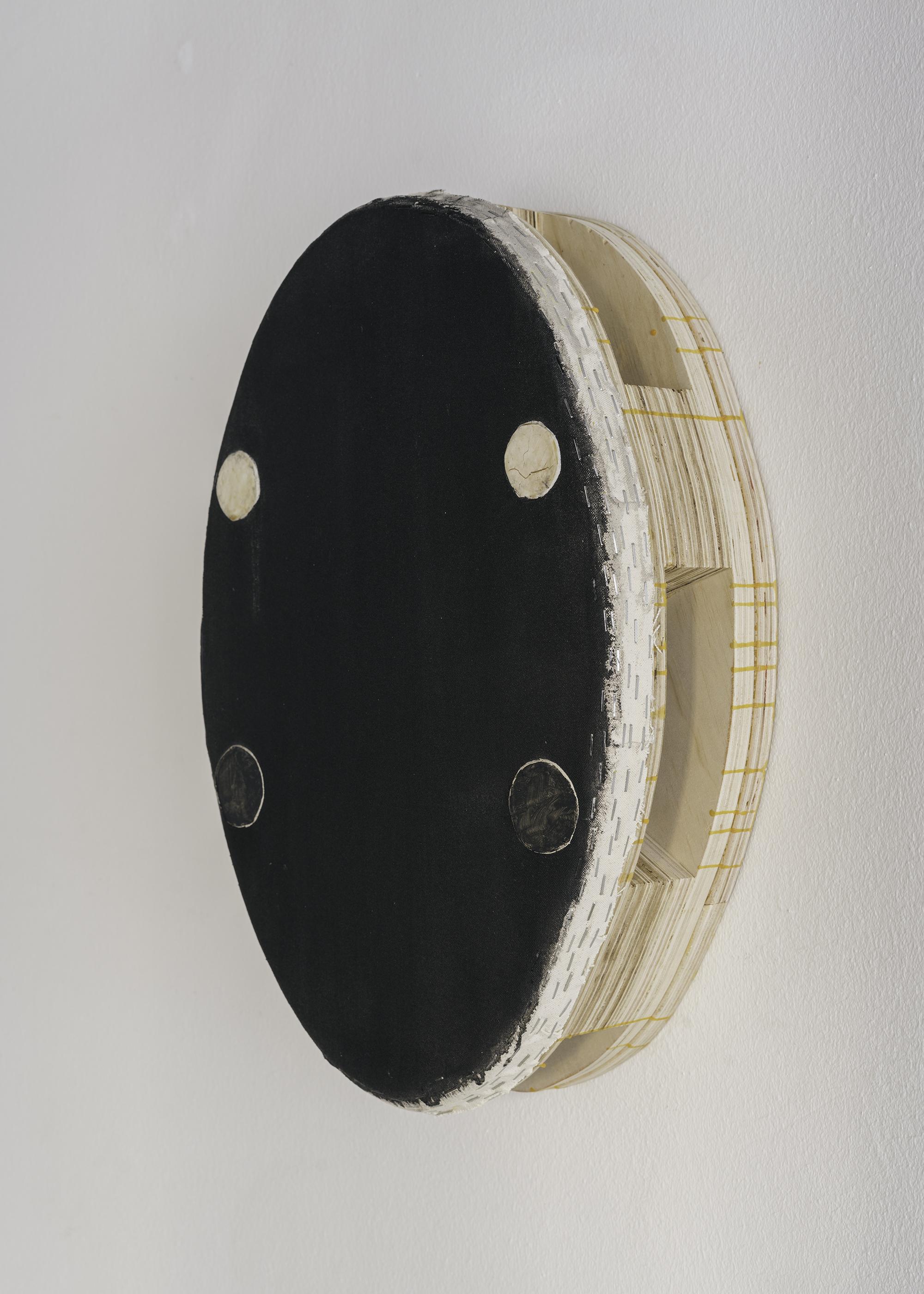 6 Otis Jones - 2021 - Acrylic on linen on wood 53 CM x 37,5 CM x 13.5 CM